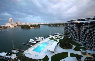 900 Bay Dr, Miami Beach , FL 33141